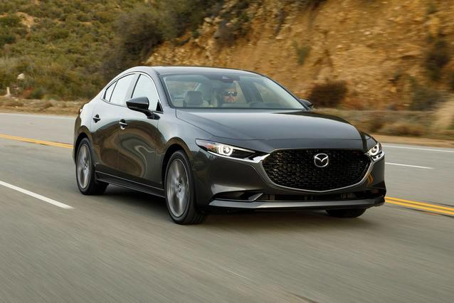 2019 Mazda Mazda3 Hatchback W/PREFERRED PKG Hatchback Slide 0