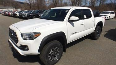 2019 Toyota Tacoma 4WD TRD OFFROAD Crew Pickup Westminster VT