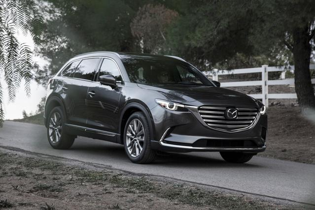 2017 Mazda MAZDA CX-9 TOURING SUV Slide 0