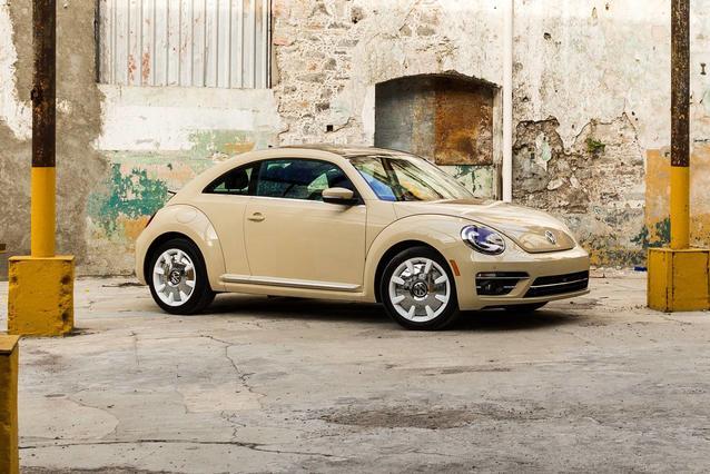 2019 Volkswagen Beetle S/FINAL EDITION SE/FINAL EDITION SEL Hatchback 2 Dr. Slide 0