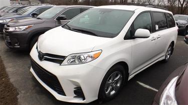 2019 Toyota Sienna SE AWD 7-PASSENGER (NATL) Mini-van, Passenger