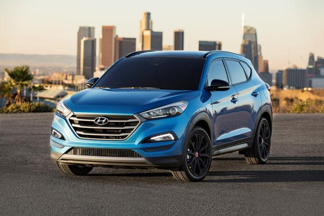 2017 Hyundai Tucson SE SUV Slide 0
