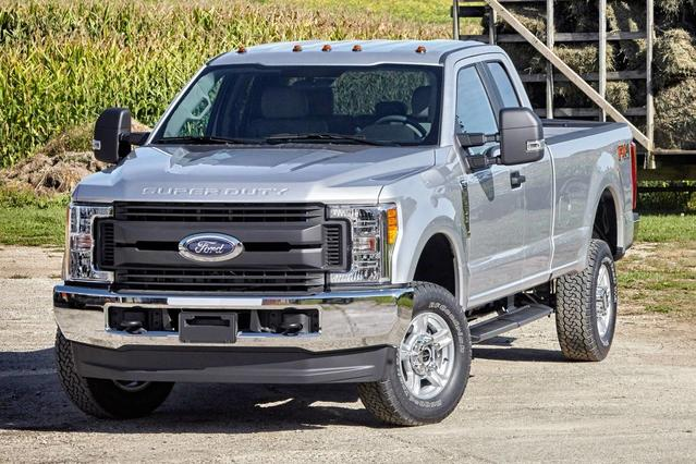 2017 Ford F-250SD XL Extended Cab Pickup Slide 0