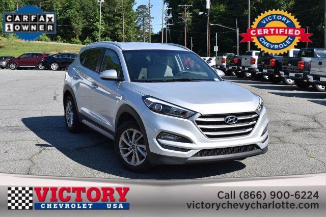 2018 Hyundai Tucson SEL Sport Utility Slide 0