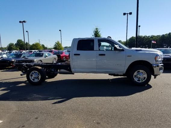 2019 Ram 3500 Chassis Cab TRADESMAN Crew Cab Chassis-Cab Slide 0