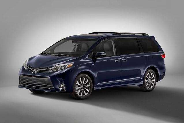2020 Toyota Sienna LE LE AWD 7-PASSENGER Mini-van, Passenger Slide 0