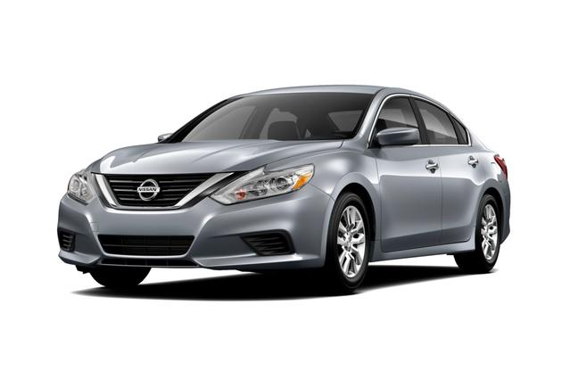 2017 Nissan Altima 2.5 SR 4D Sedan Slide 0