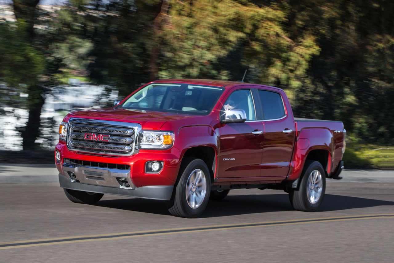 2017 GMC Canyon SLE1 Slide 0