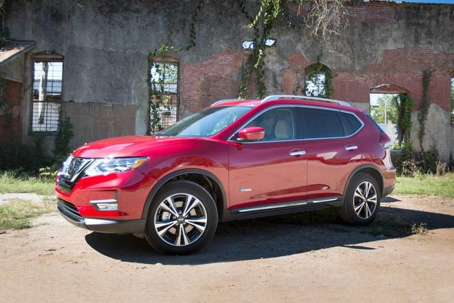 2019 Nissan Rogue SL AWD SL 4dr Crossover Slide 0
