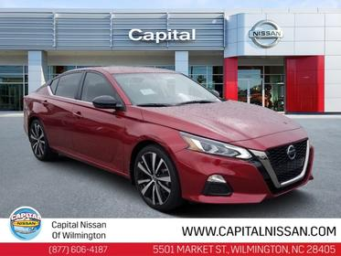 2019 Nissan Altima 2.5 SR 4dr Car Slide
