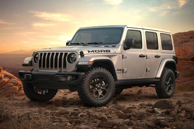 2019 Jeep Wrangler Unlimited SPORT S SUV Slide 0
