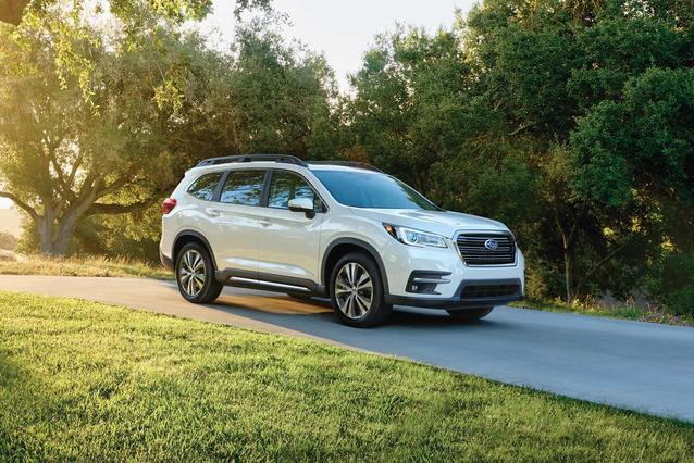 2019 Subaru Ascent PREMIUM SUV Slide 0