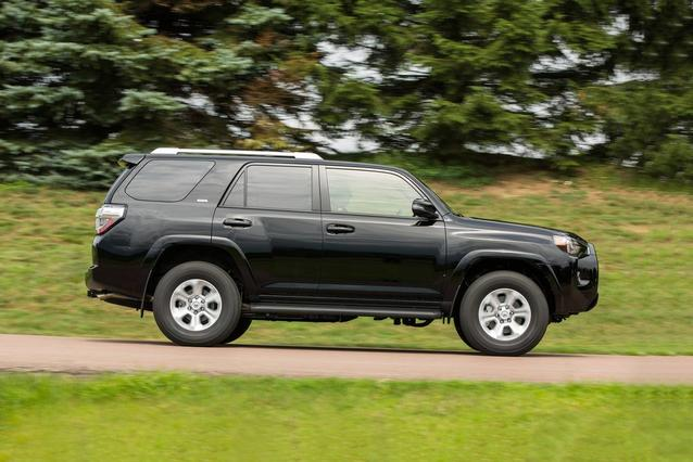 2019 Toyota 4Runner LIMITED LIMITED 4WD Sport Utility Slide 0