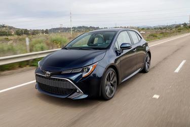 2019 Toyota Corolla Hatchback SE SE CVT Hatchback Slide