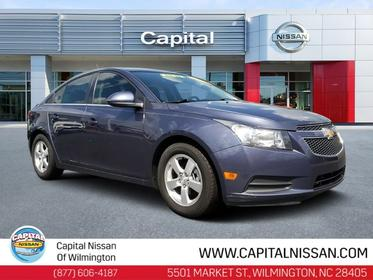 2013 Chevrolet Cruze 1LT 4dr Car Slide