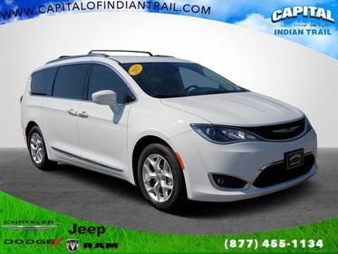 2018 Chrysler Pacifica TOURING L Mini-van, Passenger Slide