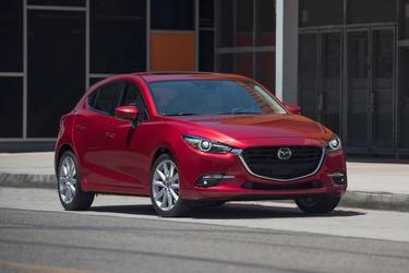 2017 Mazda Mazda3 GRAND TOURING Slide