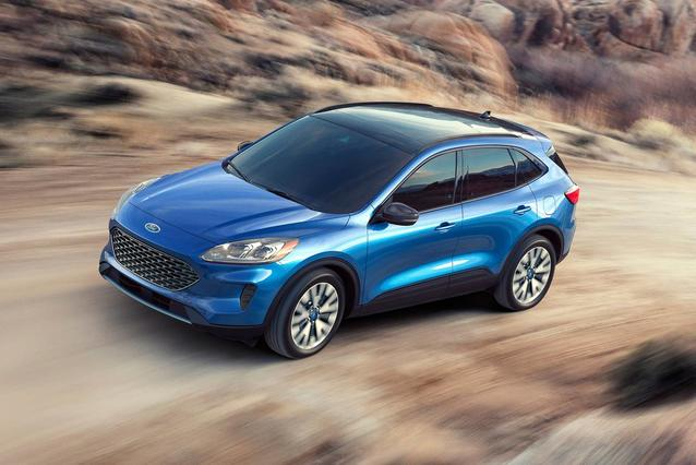 2020 Ford Escape TITANIUM SUV Slide 0