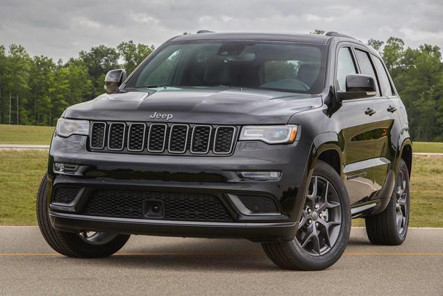 2019 Jeep Grand Cherokee LIMITED Slide 0