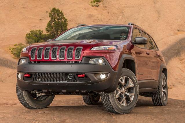 2017 Jeep Cherokee LIMITED SUV Slide 0
