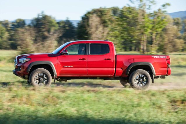2019 Toyota Tacoma TRD OFF ROAD TRD OFF ROAD DOUBLE CAB 5' BED V6 AT Double Cab Slide 0