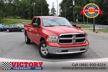 2019 Ram 1500 Classic SLT(BRAND NEW LEATHER!) Crew Cab Pickup Slide