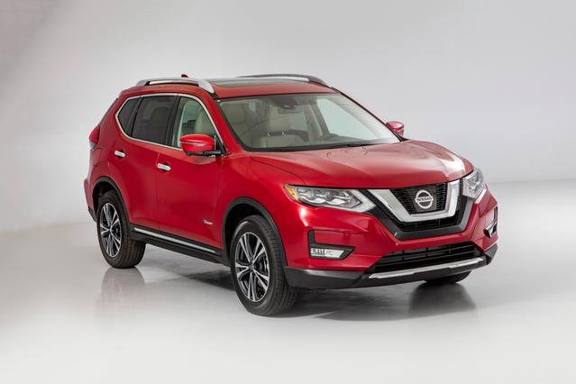 2017 Nissan Rogue S Sport Utility Slide 0