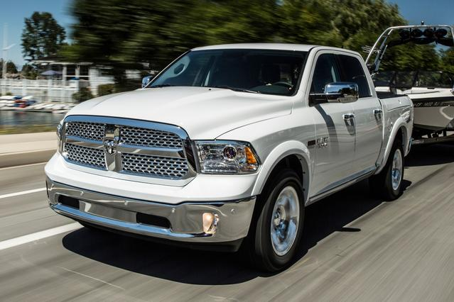 2017 RAM 1500 EXPRESS Standard Bed Slide 0