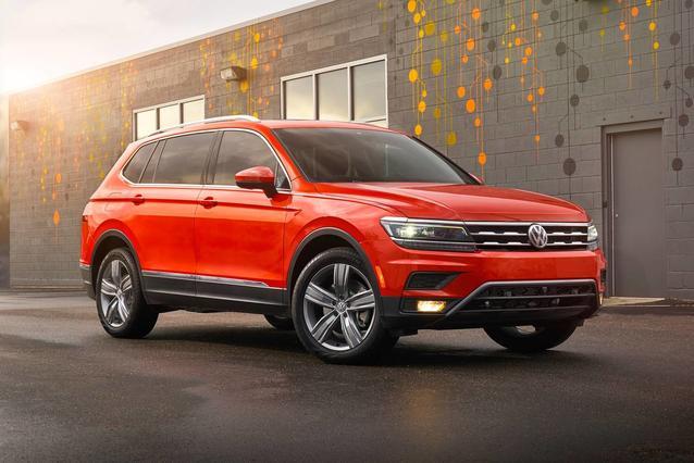 2019 Volkswagen Tiguan SE SUV Slide 0