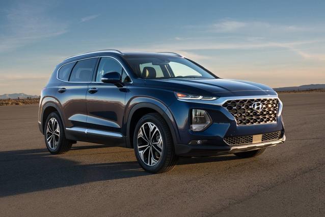 2019 Hyundai Santa Fe ULTIMATE 2.4 4D Sport Utility Slide 0