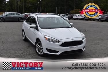 2018 Ford Focus SE 4dr Car Slide