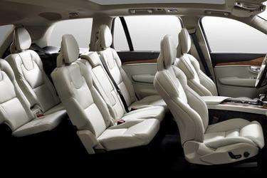 2020 Volvo XC90 MOMENTUM SUV North Charleston SC