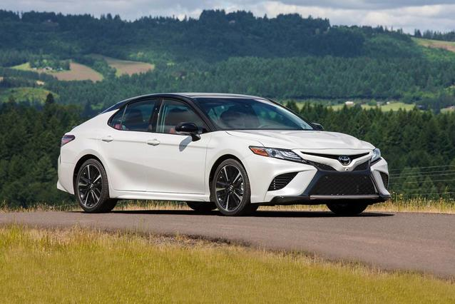 2018 Toyota Camry LE Slide 0