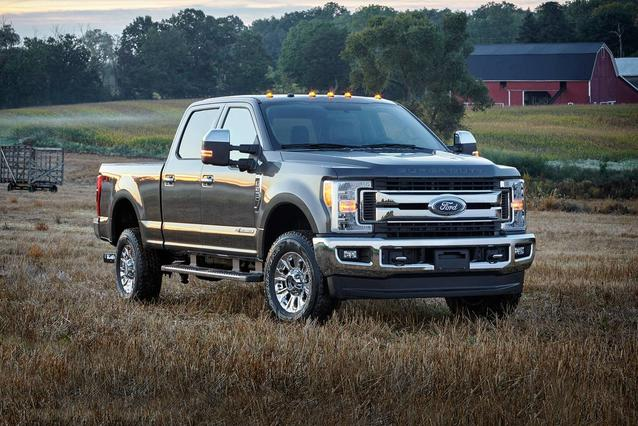 2019 Ford F-250SD PLATINUM Slide 0