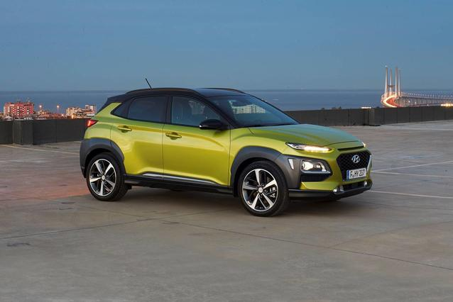 2020 Hyundai Kona LIMITED DCT FWD Limited 4dr Crossover Slide 0