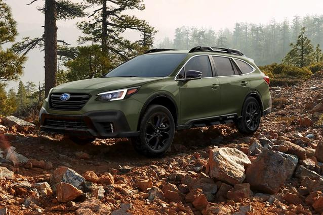 2020 Subaru Outback PREMIUM SUV Slide 0