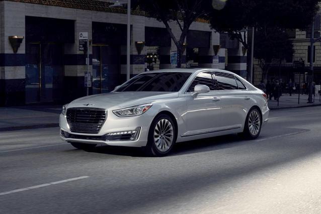 2018 Genesis G90 3.3T PREMIUM 4dr Car Slide 0