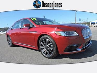 2017 Lincoln Continental RESERVE 4dr Car Slide