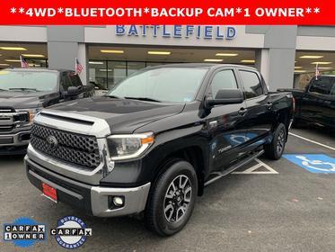 Midnight Black Metallic 2018 Toyota Tundra SR5-4WD Crew Cab Pickup Manassas VA