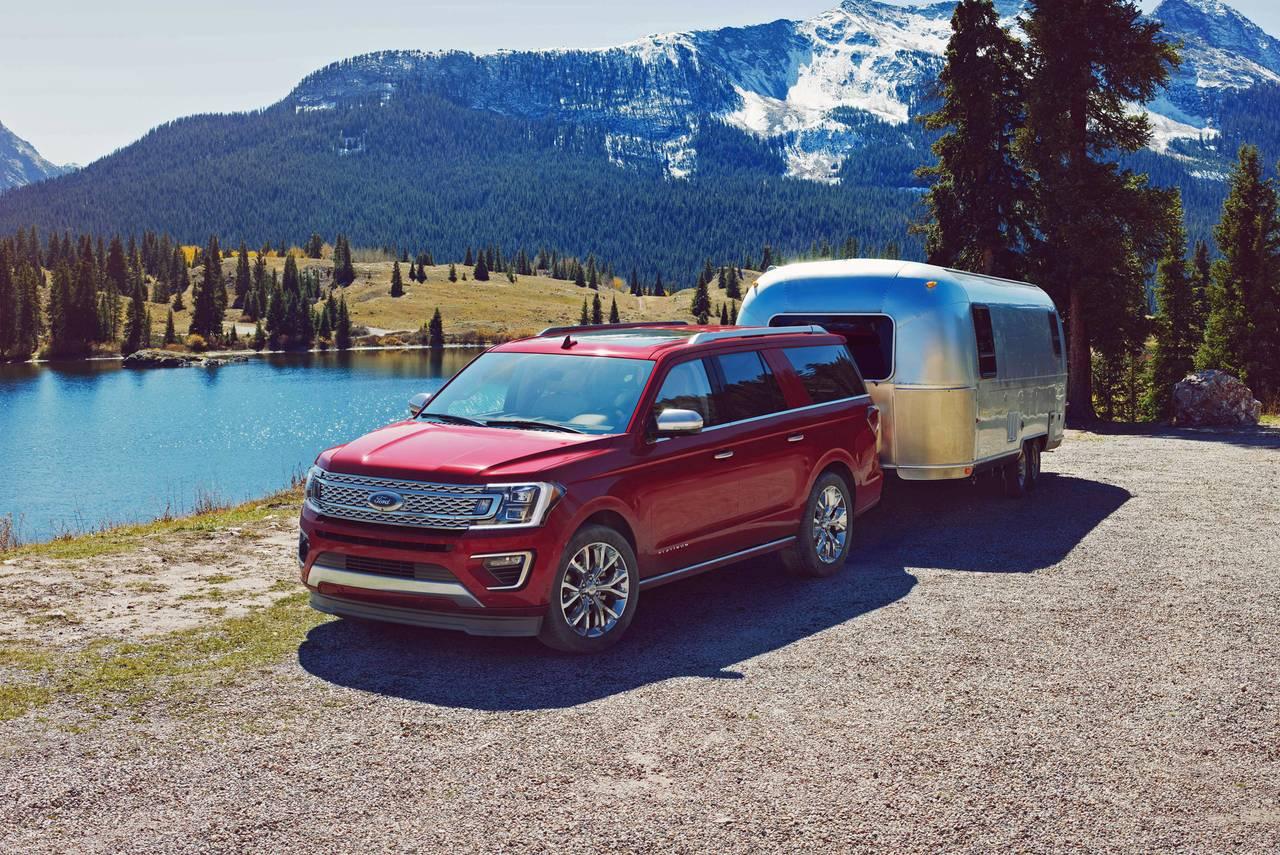 2020 Ford Expedition XLT SUV Slide 0