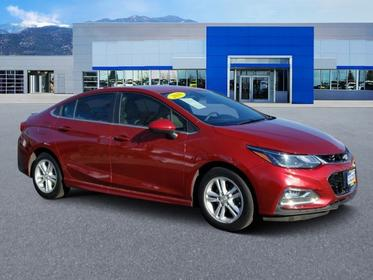 2018 Chevrolet Cruze LT 4dr Car Slide
