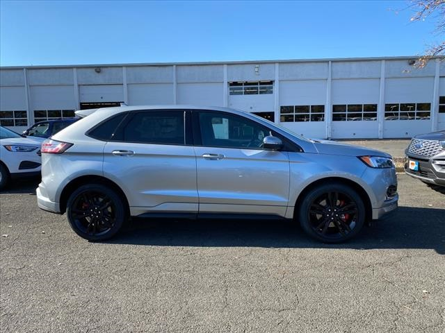 2020 Ford Edge ST SUV Slide