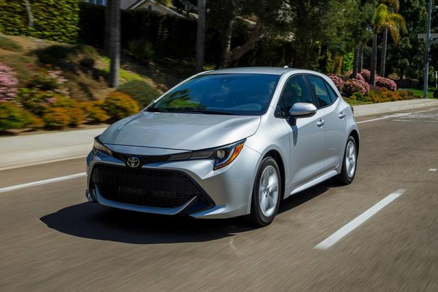 2020 Toyota Corolla Hatchback NIGHTSHADE Hatchback Slide 0