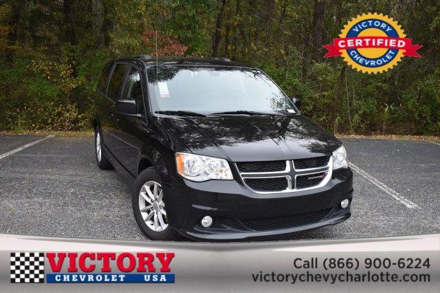 2019 Dodge Grand Caravan SXT(CAPTAIN CHAIRS!) Minivan Slide 0