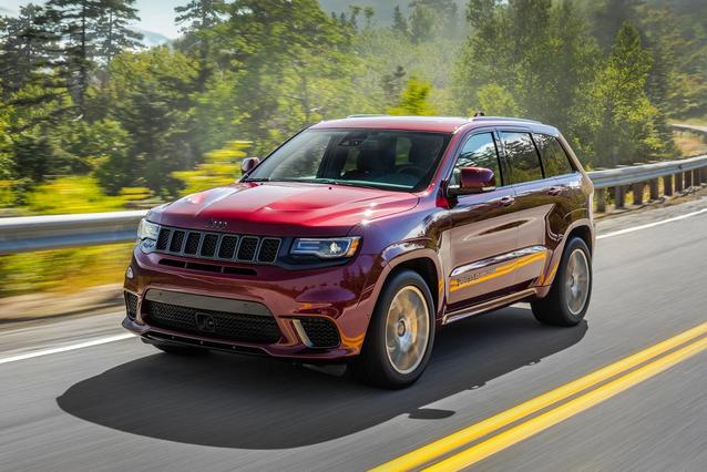 2019 Jeep Grand Cherokee UPLAND EDITION Slide 0