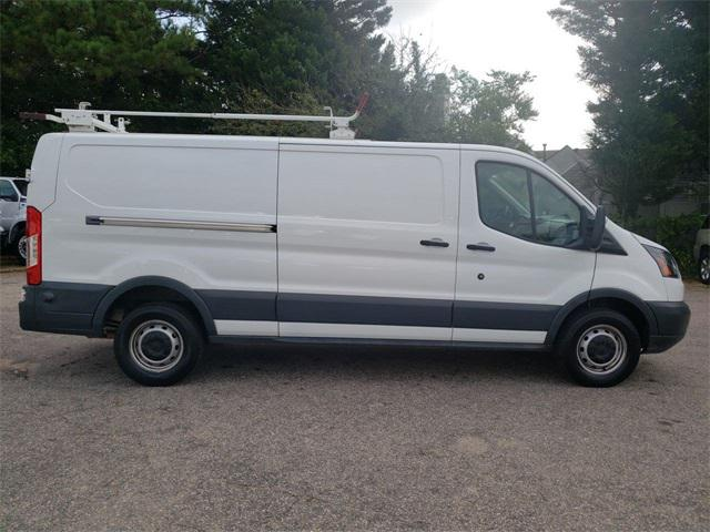 2015 Ford Transit-250  3D Low Roof Cargo Van Slide 0