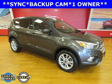 Magnetic Metallic 2017 Ford Escape SE SUV Manassas VA
