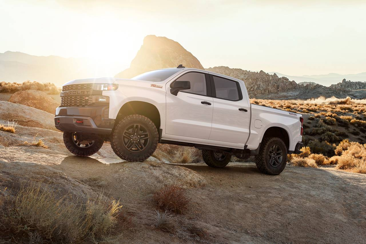 2020 Chevrolet Silverado 1500 CUSTOM TRAIL BOSS Slide 0