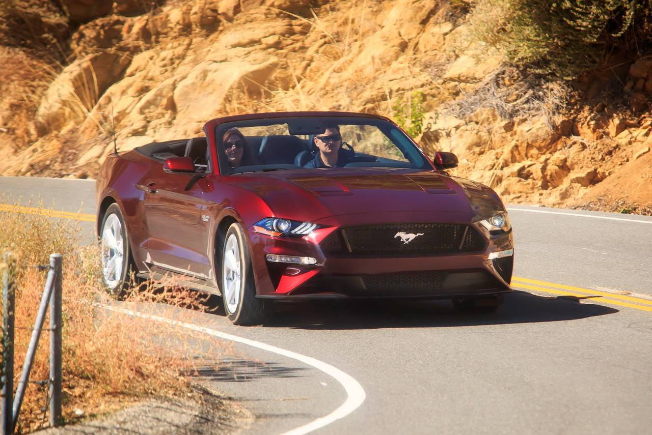 2020 Ford Mustang GT PREMIUM 2dr Car Slide 0