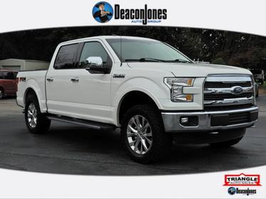White 2016 Ford F-150 4WD SuperCrew 145 Lariat